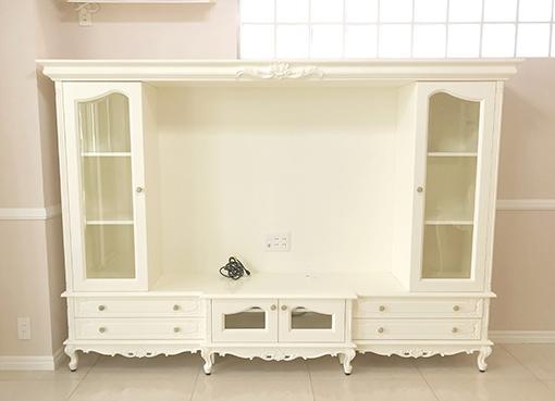 輸入家具 オーダー家具 プリンセス家具 造り付け家具 TVキャビネット W240cm ビバリーヒルズの彫刻 ホワイト色