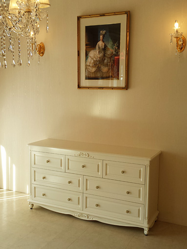 輸入家具 オーダー家具 プリンセス家具 チェストW140cm 引出し3段7杯 オードリーリボンの彫刻 ホワイト色
