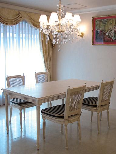 輸入家具■プリンセス家具■マダム・ココ■ダイニングテーブル160