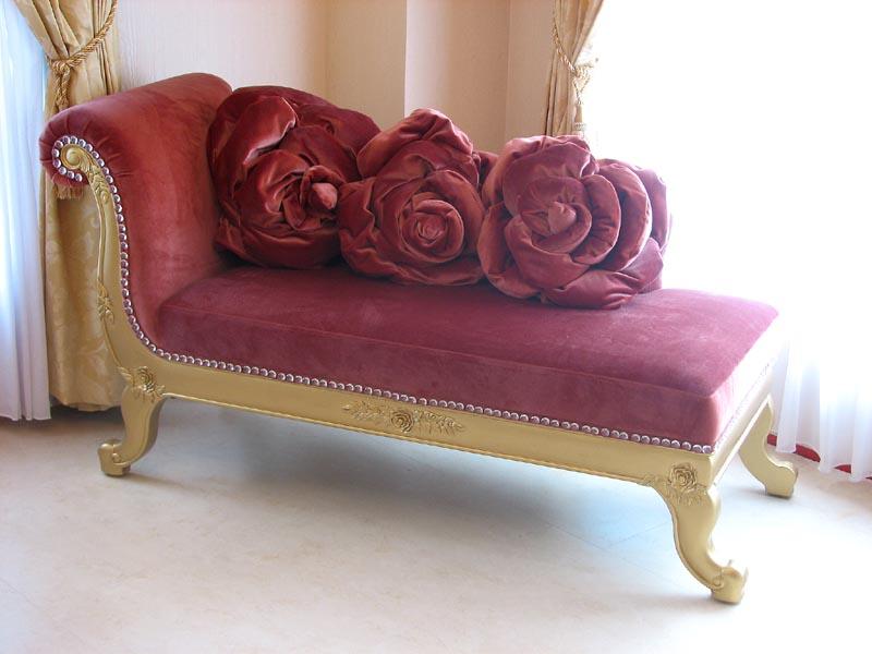 輸入家具■プリンセス家具■カウチソファ■ゴールドの猫脚■バラの令嬢ソファ