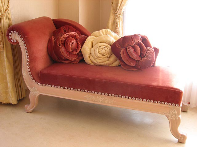 輸入家具■オーダー家具■プリンセス家具■カウチソファ■バラの令嬢ソファ■ベージュピンクの猫脚