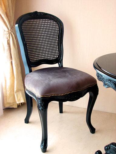輸入家具 オーダー家具 プリンセス家具 魔女サマンサ アナスイ風家具 ラタンチェア 薔薇の彫刻