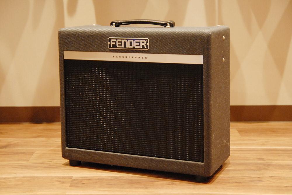【新品大特価】Fender フェンダー Bassbreaker™ 15 Combo [2262007000] ギターアンプ 【送料無料】