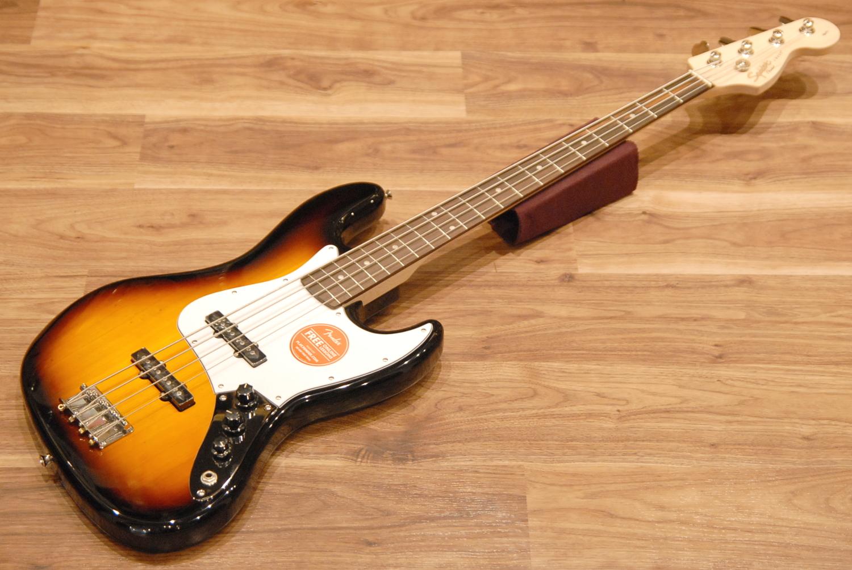 【送料無料】Squier by Fender フェンダー スクワイヤー Affinity Series Jazz Bass Brown Sunburst [0310760532] ジャズベース/ブラウンサンバースト