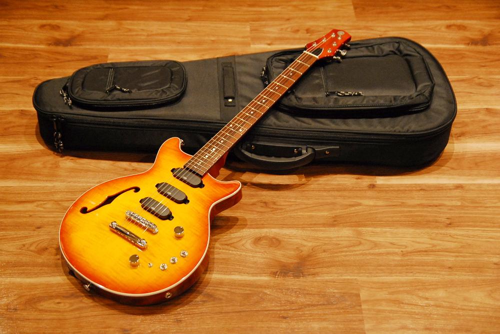 【送料無料】【代引き不可】Kz Guitar Works ケーズ・ギター・ワークス Kz One Standard 3S23 T.O.M Fホール/エレキギター/日本製