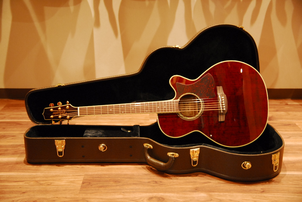 Takamine DMP551C With Contact Pickup WRWine Red