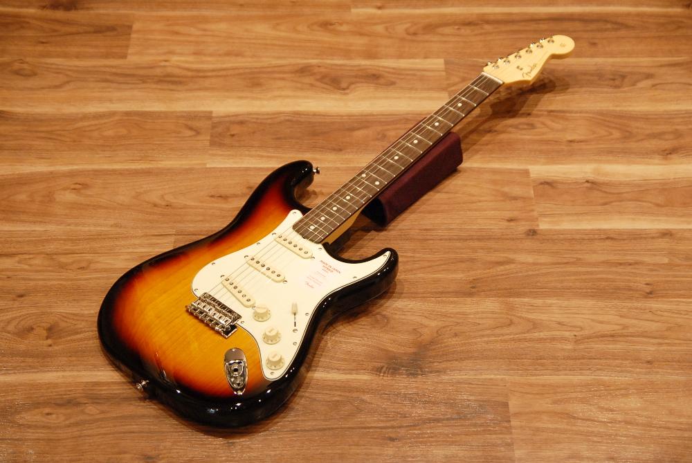 【送料無料】【チューナー付き】Fender フェンダー [5657600300] Made in Japan Hybrid 60's Stratocaster® Rosewood 3CS(3-Color Sunburst) ストラトキャスター/エレキギター/サンバースト【正規品】