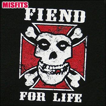 メール便送料無料 注目ブランド ROCK TEE MISFITS 未使用 ロックTシャツ smtb-kd ミスフィッツ バンドTシャツ