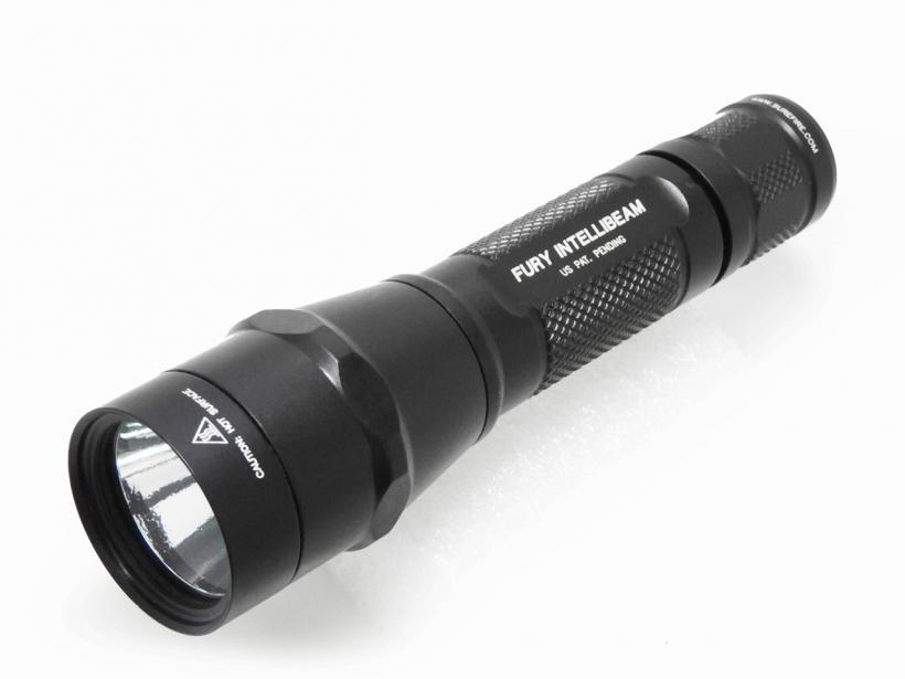 [SUREFIRE] P2X Fury with IntelliBeam Technology 自動無段階調光LEDフラッシュライト/[中古] ランクA/本体のみ/SUREFIRE