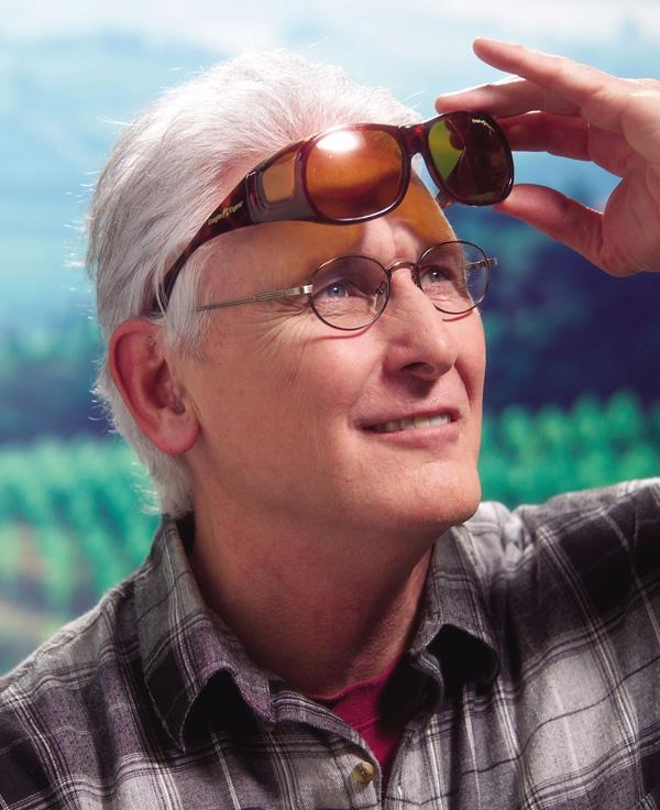 """被照顧EagleEyes鷹眼睛太陽眼鏡""""誇大的合身""""太陽眼鏡/超過太陽眼鏡/偏光太陽眼鏡/偏光/偏光玻璃杯/紫外線/紫外線cut/紫外線防止太陽眼鏡/UV關懷/紫外線對策/光線/光線cut/酷暑對策/我"""