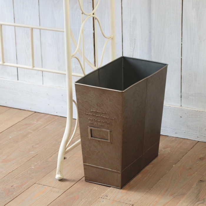 新品■送料無料■ 気の利いたスリムタイプのTRASH BOX ごみ箱 ダストボックス トラッシュBOX ゴミ箱 ブリキ スリム 値下げ インテリア リビング 収納 マガジンボックス アンティークゴールド 雑貨 アンティーク GESHMACK