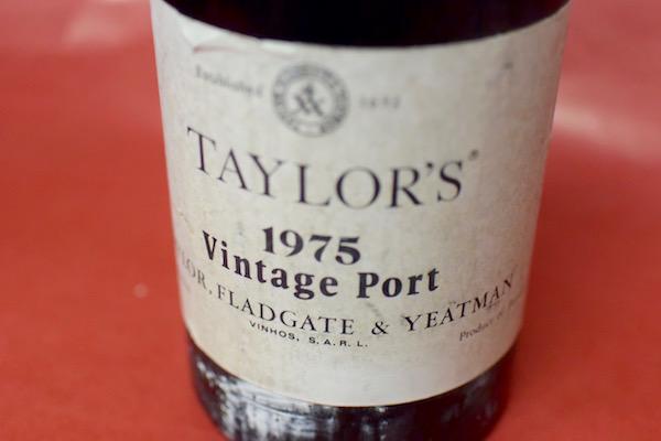 テイラーズ / ヴィンテージ・ポート1975【甘口ワイン】