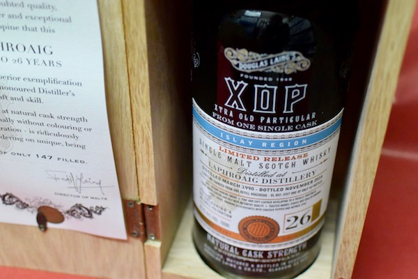 ラフロイグ / 1990/26年 オールド・パティキュラー・ダグラスレイン49.2%【モルト・ウイスキー】