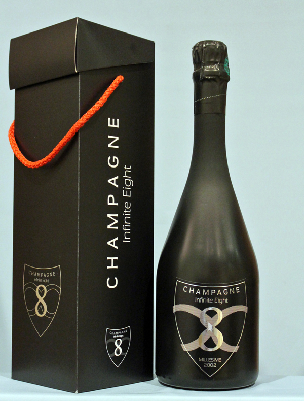 Champagne infinite 8 millésime 2002