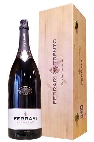 【大型ダブルマグナム】【豪華箱入り】フェッラーリ(フェラーリ) ブリュット 正規 木箱入 3000ml (ジェロボーム) イタリア DOCトレント 泡 白 辛口 高級スパークリングワイン 3LFerrari Brut Blanc de Blanc Sparkling DOC Trento Jeroboam 3000ml Bottle