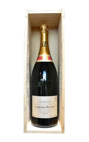 【豪華木箱入】ローラン ペリエ シャンパーニュ ブリュット ラ キュヴェ ジェロボーム 3000ml ダブルマグナムサイズ 正規 フランス AOCシャンパーニュ 白 辛口 泡 シャンパン 豪華木箱入Laurent-Perrier Champagne La Cuvee AOC Champagne (Jeroboam 3000ml Bottle)