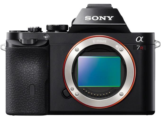 【特価品、箱に難あり、必ずご注文前に商品説明をお読みください】SONY デジタル一眼カメラ ILCE-7R Body【KK9N0D18P】