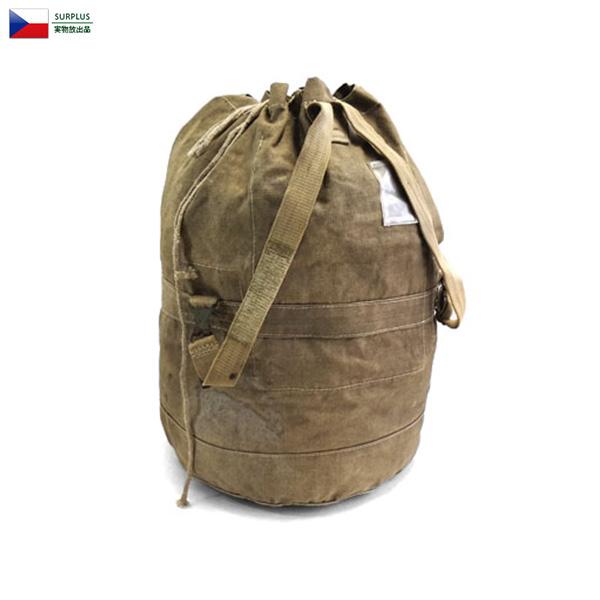 割引クーポン対象!実物 チェコ軍 ダッフルバッグ