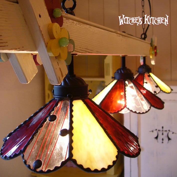 ペンダントライト 3灯 ステンドグラス【3Lights Marguerite Garden・マーガレットガーデン】 LED対応 ドット ペンダントライト ステンドグラス ランプ