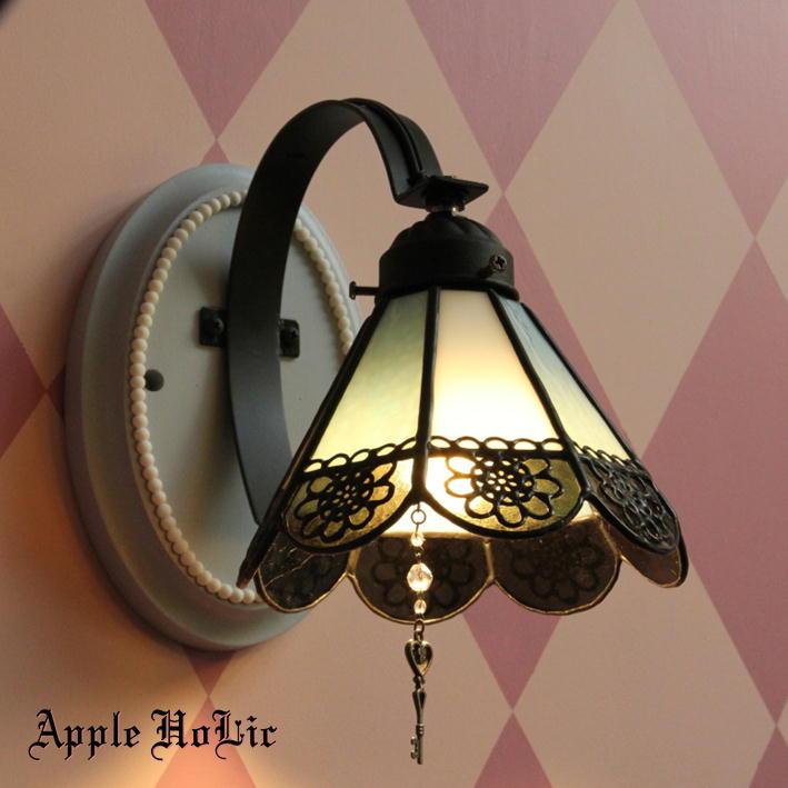 ブラケットライト 【Crowley・クロウリー】 LED対応 ゴシック リボン 壁掛け照明 ステンドグラス ランプ