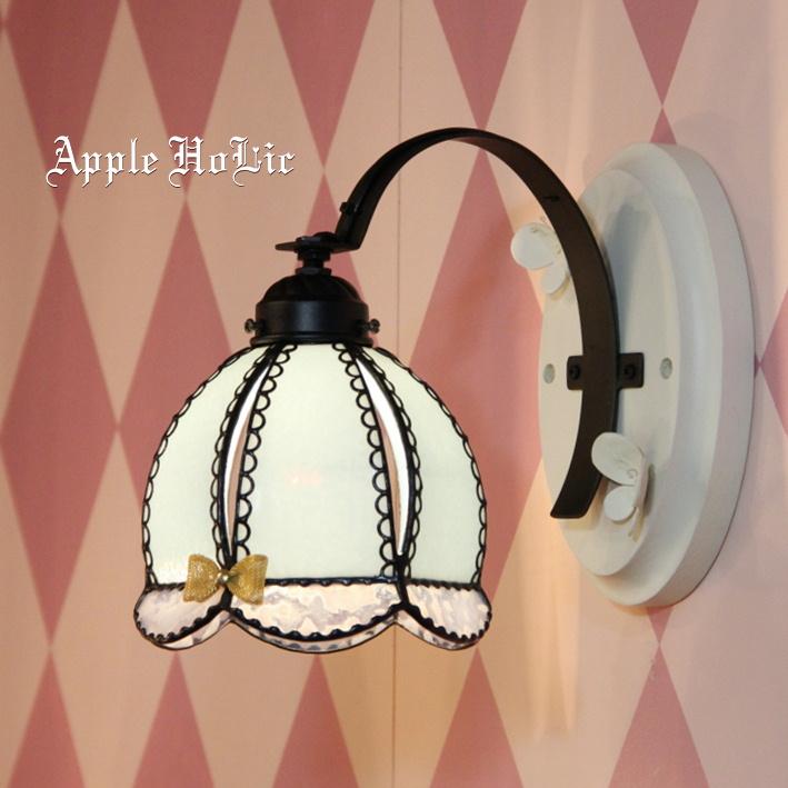ブラケットランプ 【Snow White・スノーホワイト】 LED対応 フェアリーテイル 壁掛け照明 ステンドグラス ランプ