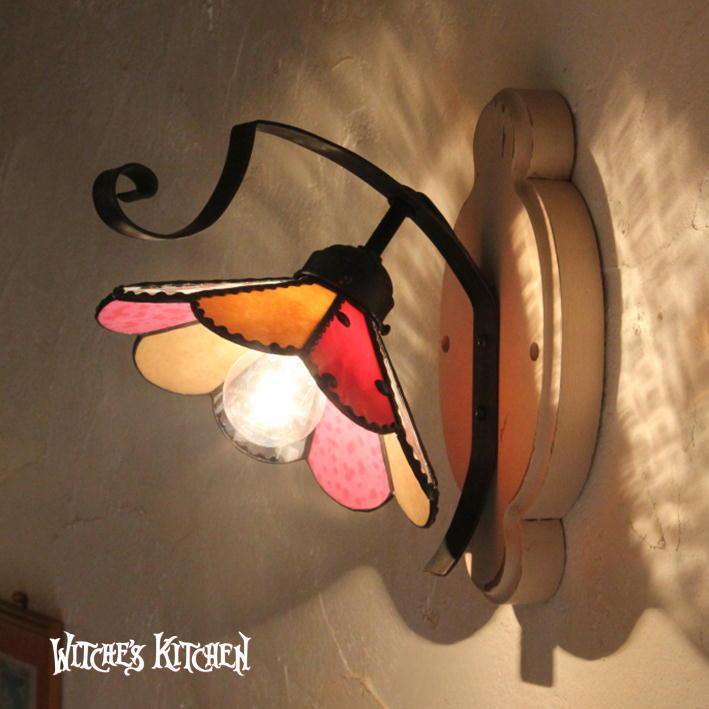ブラケットライト【Paeonia・ピオニー】LED対応 フラワー 壁掛け照明 ステンドグラス ランプ