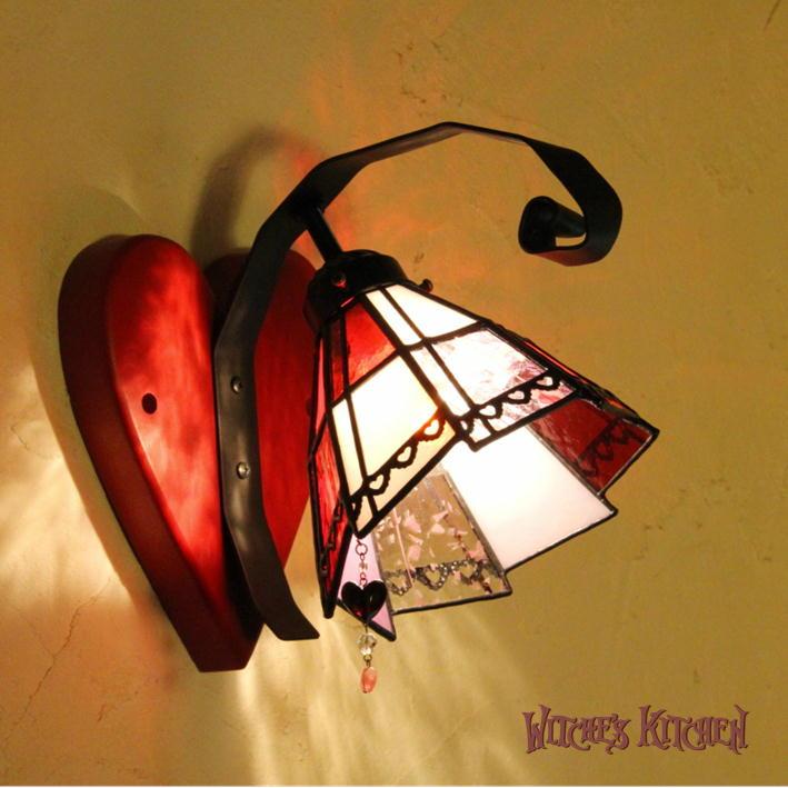ブラケットライト 【Jack of Heart・ハートのジャック】 LED対応 ハート 壁掛け照明 不思議の国のアリス ステンドグラス ランプ