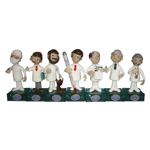 チェコ共和国製 ボヘミア ミニ ドクター人形 7人セット 【 ミニ ドクター人形 】 ポイント消化 記念品 開院祝い 開業祝い お医者様への贈り物 ギフトラッピングサービス 送料無料