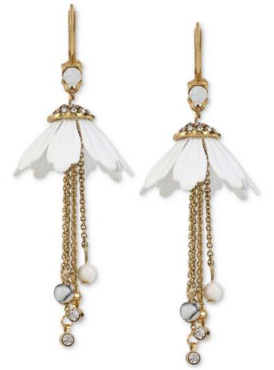 ベッツィージョンソン Betsey Johnson ピアスGold-Tone Flower-Inspired Stone and Crystal Drop Earrings(フラワー)花
