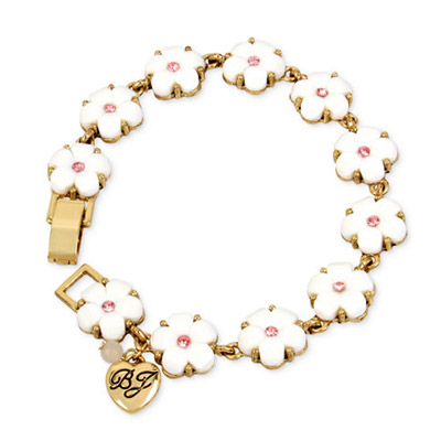 ベッツィージョンソン ブレスレット Betsey Johnson Gold-Tone Pink Crystal Flower Bracelet (White/pink) フラワー ブレスレット (ホワイト/ピンク) レディース 新作 正規品 日本未入荷 アメリカ買付 海外通販 ジュエリー アクセサリー 花柄