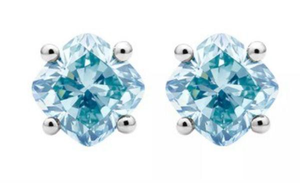 デビアス De Beers ジュエリー ライトボックス Lightbox イヤリングCusion Lab-Grown Diamond Stud Earrings ホワイト/ブルーラブダイヤモンド(約1.00ct)CVDダイヤモンド 合成ダイヤモンド ラボダイヤモンド アメリカ買付 USA直輸入