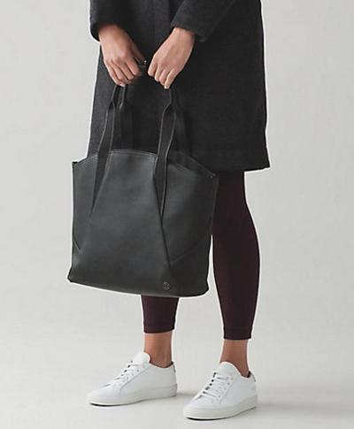 倒有點像普拉達女性運動袋所有天大手提包迷你黑倒有點像普拉達公司 2016年新真正美國購買美國進口