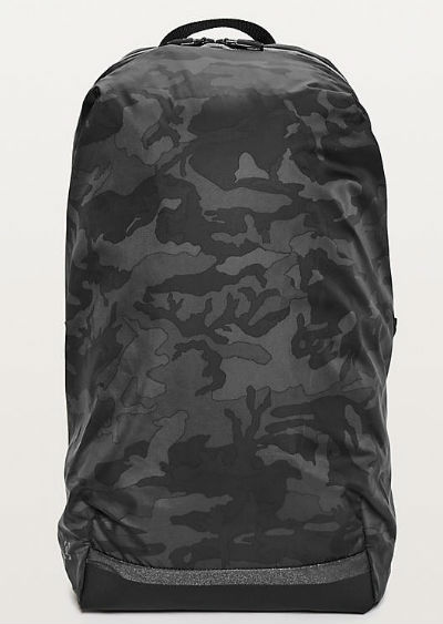 ルルレモン メンズ スポーツ バッグSurge Run Backpack II(16L) カモグレイ系 Incognito Camo Multi GreyLululemon ルルレモン新作 本物 正規品 アメリカ買付 USA直輸入