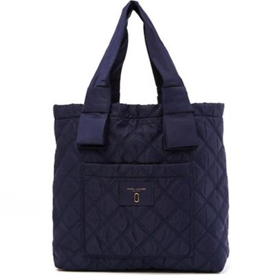マークジェイコブス トートバッグ MARC JACOBS Diamond Quilted Tote Bag (MIDNIGHT BLUE) キルティング トートバッグ (ミッドナイトブルー) 新作 正規品 アメリカ買付 バッグ レディース 通勤 通学