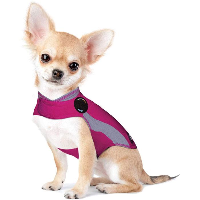 全米で大注目 サンダーシャツ セール商品 Thunder Shirts アメリカでベストセラーサンダーシャツ は特殊なデザインで全米で大注目のまるで抱きしめられているようなフィット感を愛犬に与える新発想デザインのドッグウェアです 海外 スポーツ ムダ吠えや不安症状を着るだけで緩和