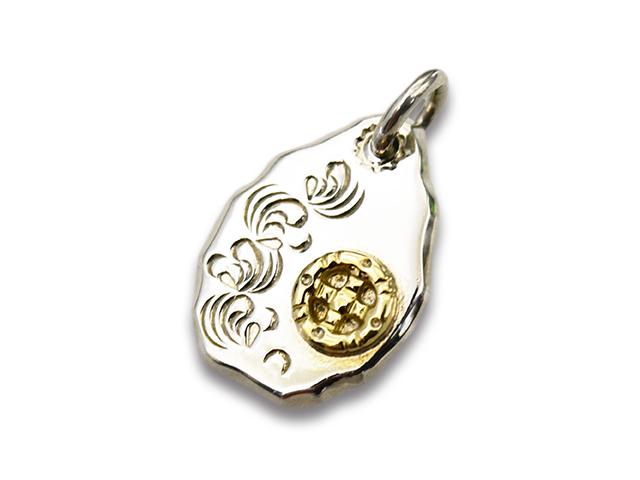 【FIRST ARROW's/ファーストアローズ】「Flat Hammered Arabesque Carving Metal wuth K18 Medicine Wheel/K18メディスンホイール付きカラ草彫り平打メタルペンダントトップ」(P-018)【送料・代引き手数料無料】【あす楽対応】(アメカジ/ハーレー/プレゼント)
