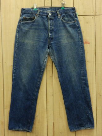 LEVIS/リーバイス501 古着 激ヒゲ 80Sハチマル インサイドシングルステッチ W37×L30/MADE IN USA