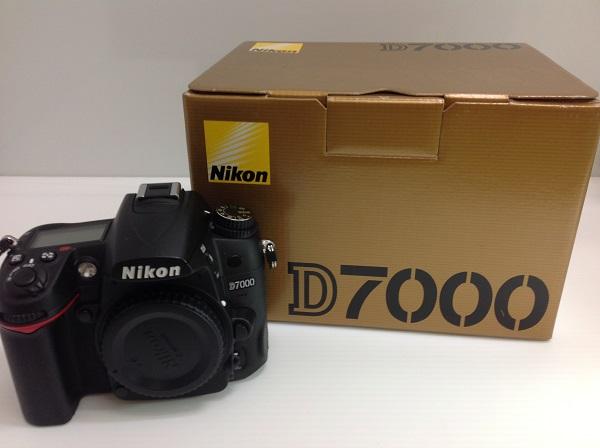【中古】D7000<カメラ>(代引き不可)6546