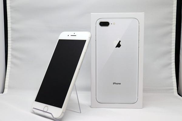 【中古】docomo iPhone8 Plus 64GB シルバー Bランク<中古携帯>(代引き不可)6570