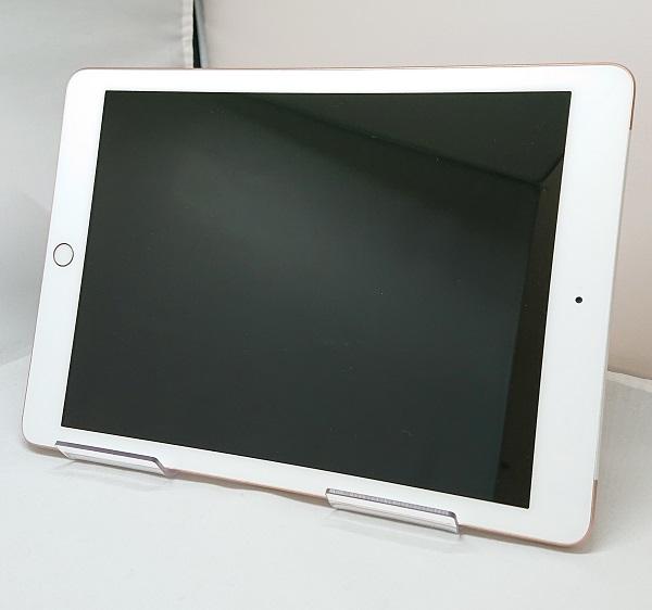 【中古】Softbank iPad6 WiFi+Cellular 32GB ゴールド BCランク<中古携帯>(代引き不可)6570