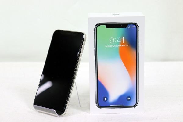 【中古】au iPhoneX 64GB シルバー Sランク<中古携帯>(代引き不可)6574