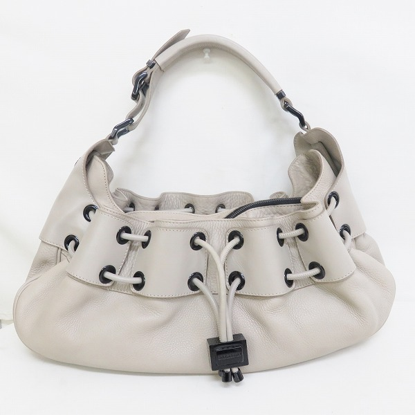 2b139f60c10a  brand  Burberry  color  Light gray  material  Leather  specifications  The  outside  2WAY The inside  Pocket  1. pocket  2 with the fastener