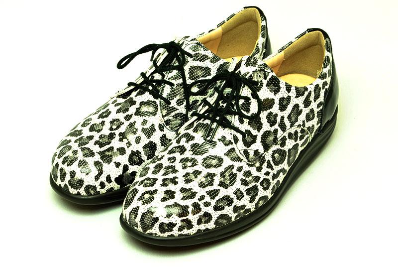 フィンコンフォート finncomfort フィンナミック finnamic 靴 レディース 神楽坂 KAGURAZAKA ぶち柄 ウイングチップ ローリングシューズ
