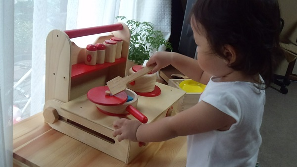 Woodpal And The Reason Your Child Pretend Play Is Required Cooking
