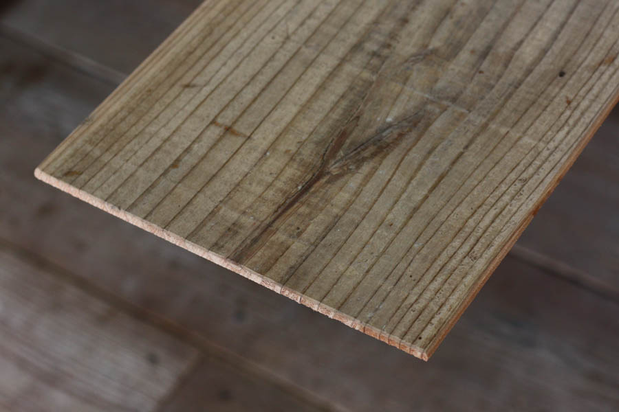 長さの単位は ミリ ですのでご注意ください 100mm=10cm OLD ASHIBA 足場板古材 厚5mm×幅180mm×長さ810~910mm 在庫一掃 フリー板 無料 受注生産 無塗装 小型商品 T-5シリーズ