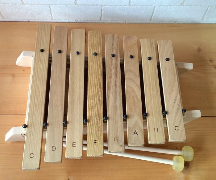 【すぐに使えるクーポン配布中】アウリスシロホン ダイヤトニック8音 安心の正規輸入品 【アウリス社 auris スウェーデン 鉄琴 木琴 楽器 幼児教室】