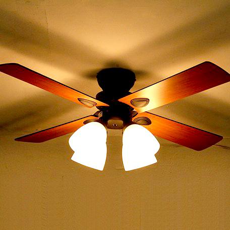 ブラウン 茶色 空調 ファン サーキュレーター シーリングファンライト シーリング 照明 天井照明 照明 プロペラ 扇風機 ダイニング モダン おしゃれ お洒落 カフェ シーリングライト 空気循環器 スポットライト 北欧 おしゃれ 西海岸