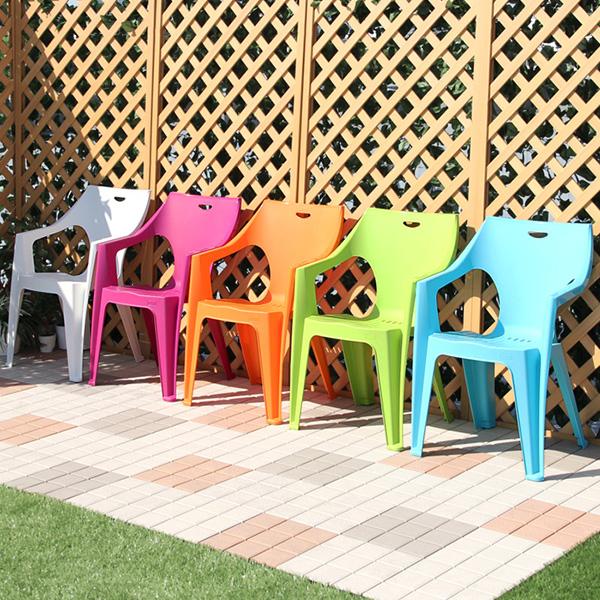 積み重ね スタッキング チェア いす 椅子 屋外 カフェ系 テラス ガーデン 庭 ベランダ バルコニー 4脚セット【ガーデン家具 ガーデンチェア チェア 椅子 イス いす 送料無料】