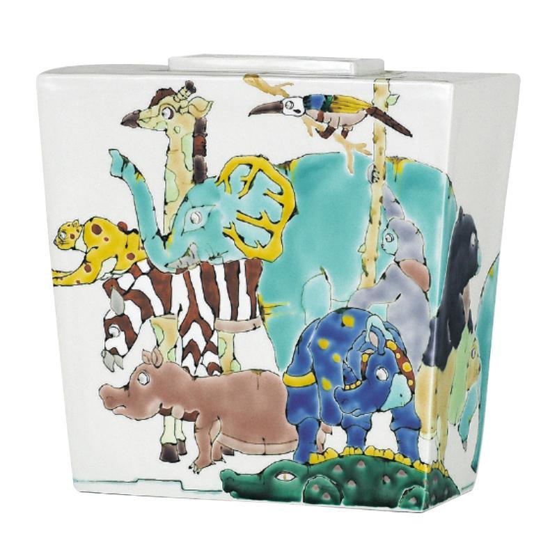 人気海外一番 九谷焼歴代画の一つ 爆売りセール開催中 山近泰の絵柄です 九谷焼 山近 N111-06 7号花器 泰 アニマルズ