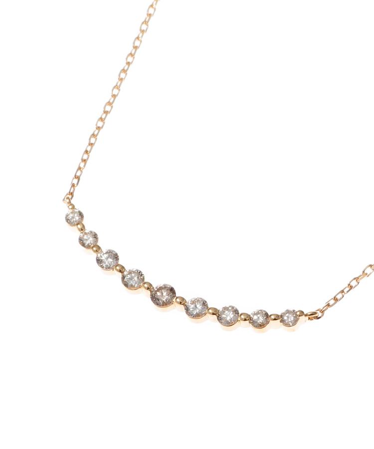COCOSHNIK(ココシュニック)K18ダイヤモンド グラデーション9石 ネックレス